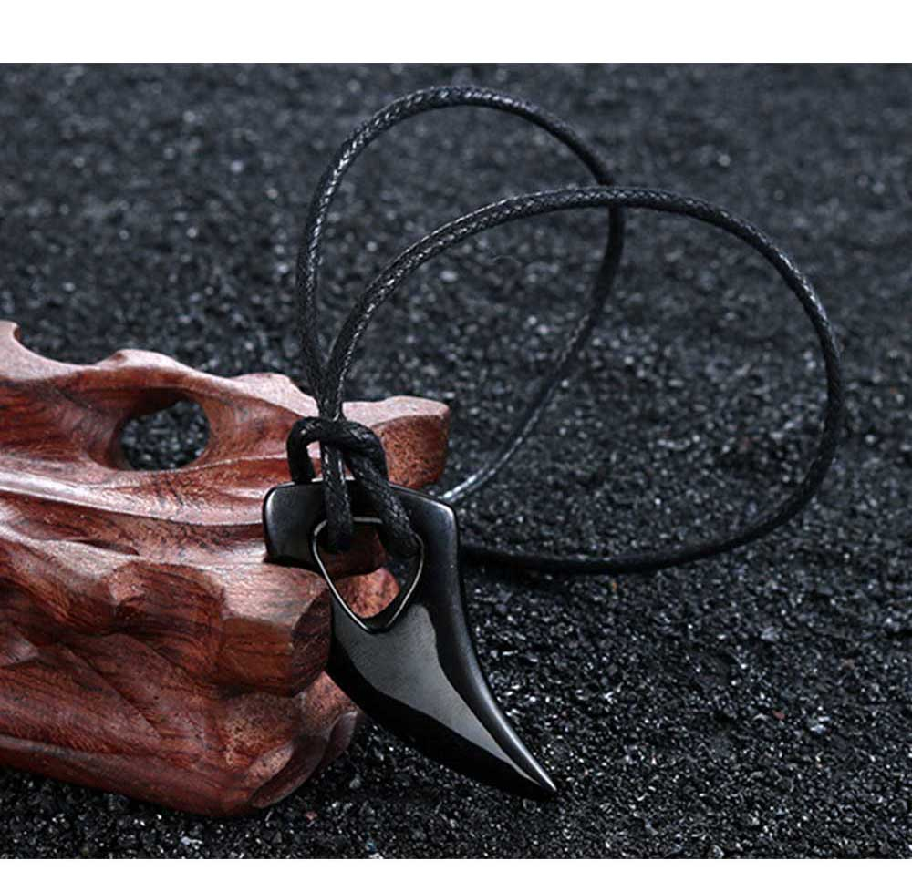 Moocare men stainless steel punk pendant necklace rope chain plated black shark tooth sharp male jewelry accessories