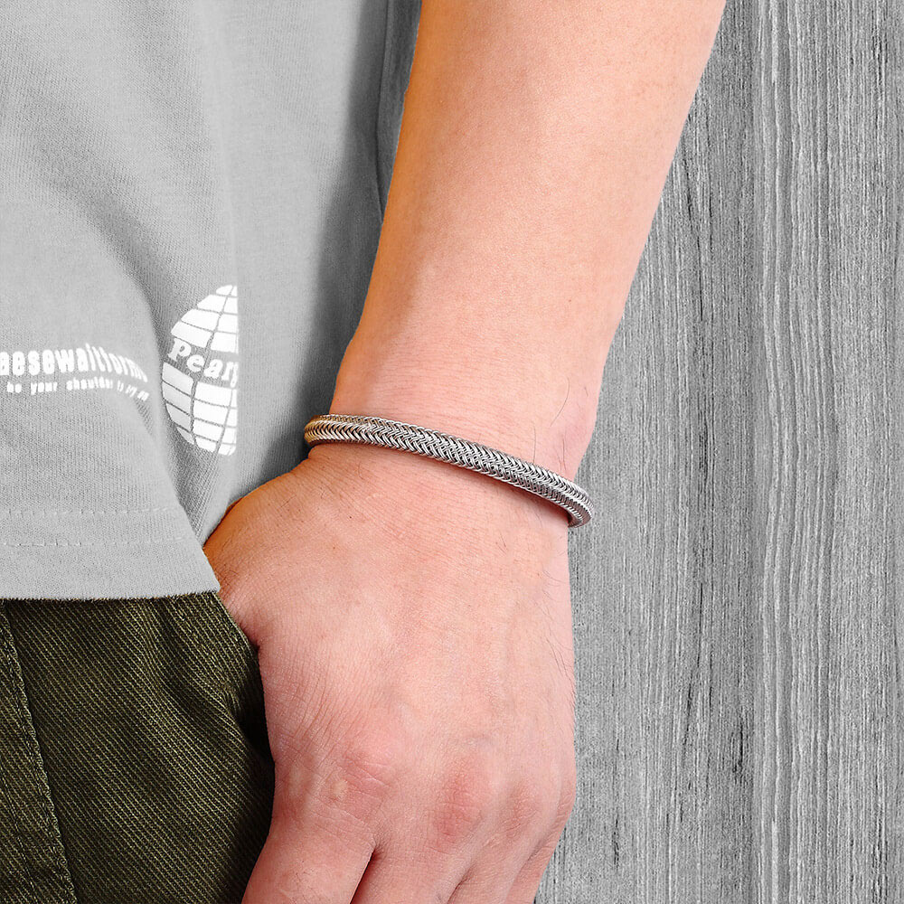 Moocare Leather Bracelet Men Black Casual Stainless Steel Charm Bracelets Hand Chain weave Accessories Jewelry