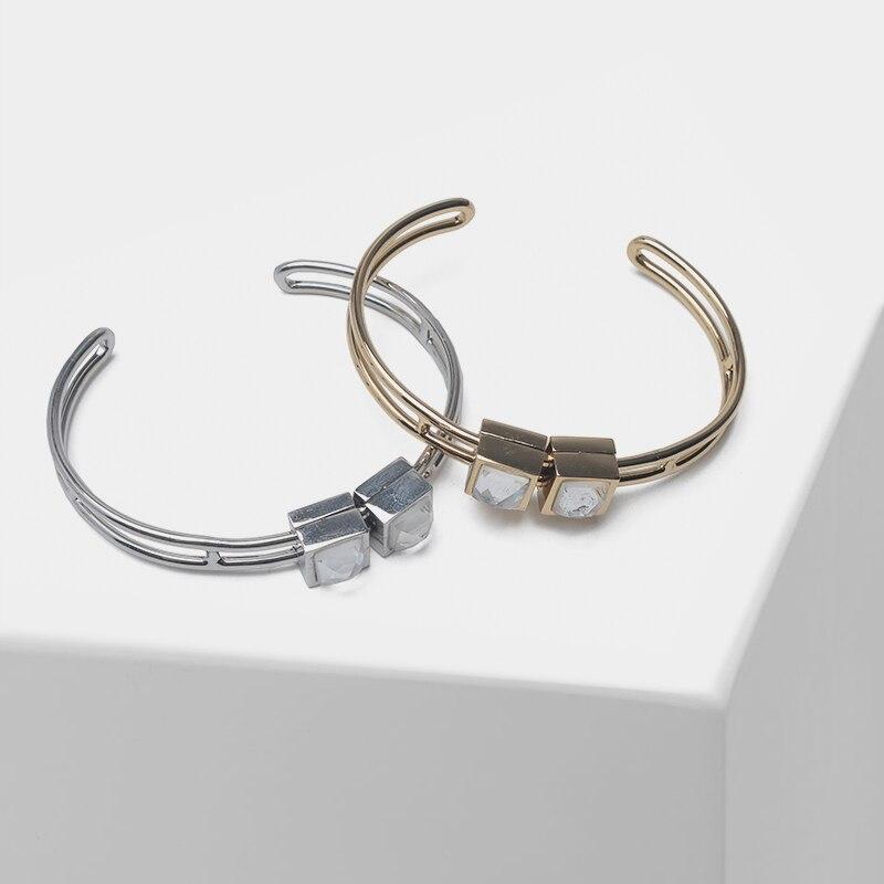 Amorita boutique  Movable square design fashion bangles
