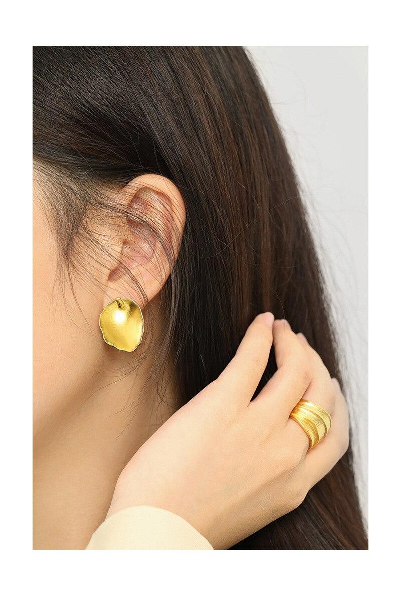 Silvology 925 Sterling Silver Irregular Leaves Big Stud Earrings Elegant Minimalist Earrings for Women Exaggeration Jewelry Gift