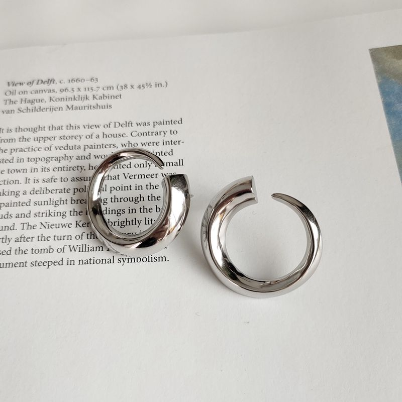 Silvology 925 Sterling Silver Nordic Spiral Earrings Glossy Elegant Minimalist Fashionable Stud Earrings For Women 925 Jewely