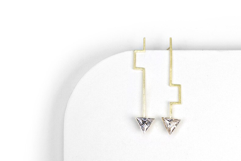 INATURE 925 Sterling Sliver Fashion AAA CZ Geometric Triangle Stud Earrings for Women Jewelry Accessories