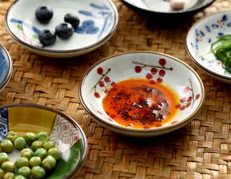 Japanese small Ceramic Sushi Dishes Soy Sauce Dish Seasoning Saucers  Plates Vinegar Salad Wasabi plate sauce cup gravy boats