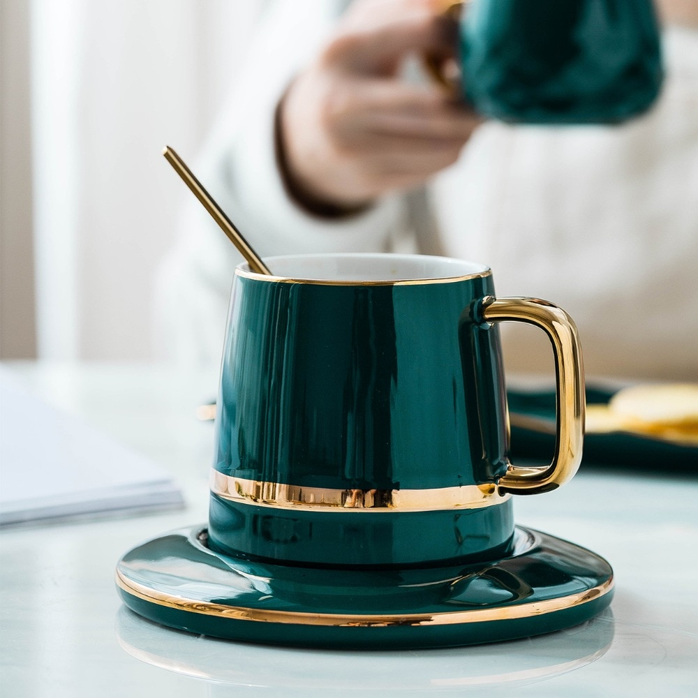 MDZF SWEETHOME 400ml European Luxury Ceramic Coffee Cup Dessert Tea With Lid Mat Spoon Cup Milk Mug Drinkware Tool Gift Box Set