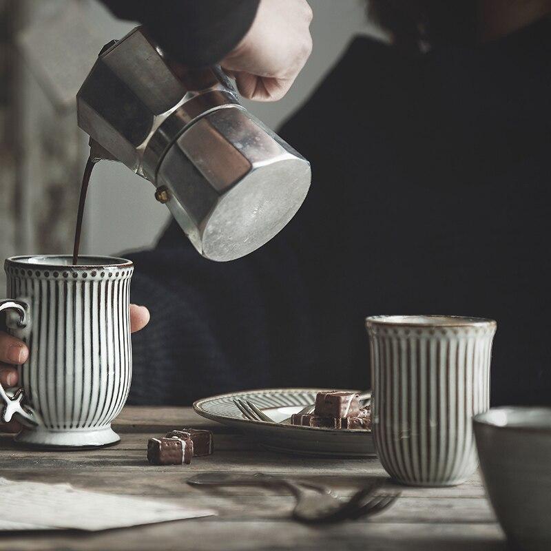 Simple Art Retro Ceramic Coffee Cup Household Vertical Pattern Mug French Breakfast Milk Mug Afternoon Tea Flower Tea Cup Single