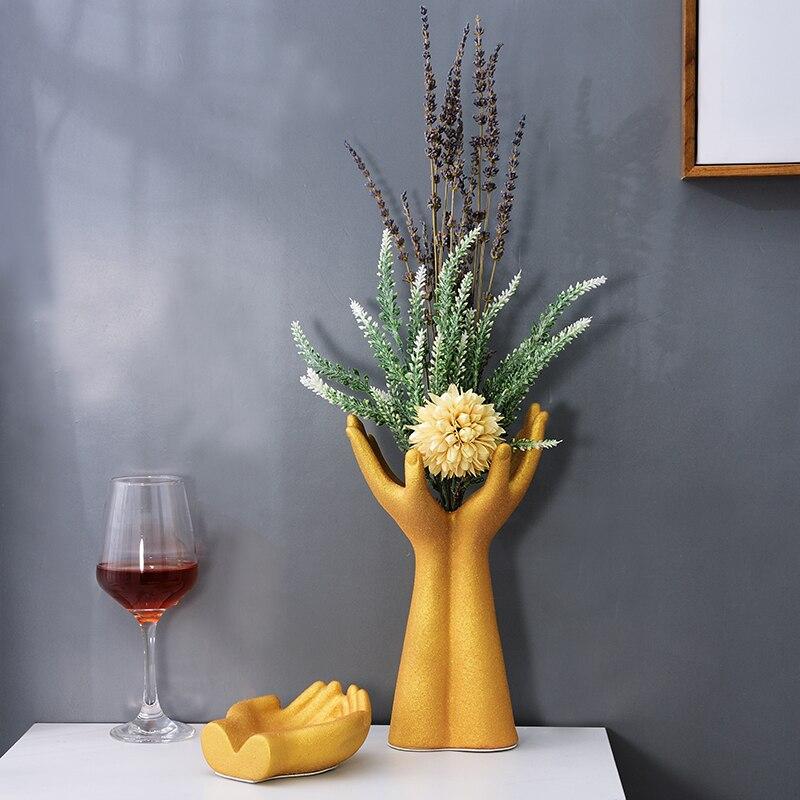European Ceramic Peacock Hand Vase Statue Ornaments Decoration Fengshui Home Livingroom Desk Holding Flowers Figurines Crafts