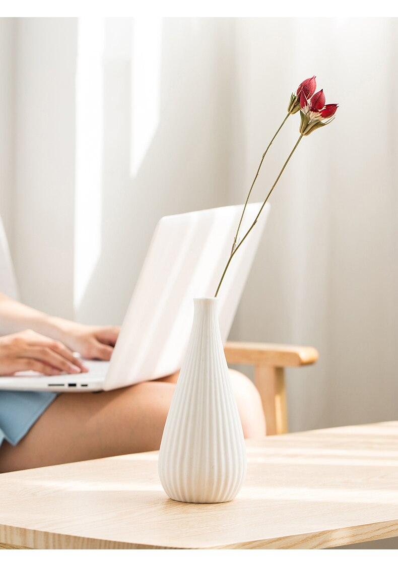 MEILING White Stripes Vases for Flowers Matt Ceramic Vase Handmade Decorative Tall Vase Filler Modern Home Office Table Decor