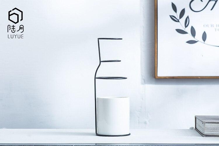 Nordic Decoration Home Art Design Pottery Ceramics Vase Scandinavian Minimalist Style Home Decoration Accessories Modern