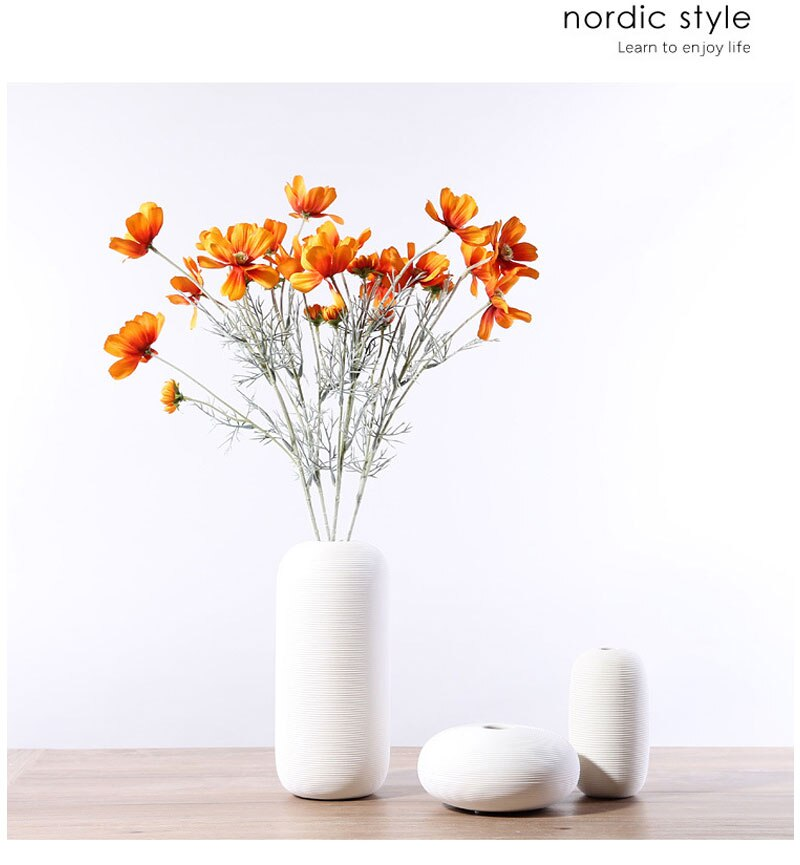 Nordic classic white ceramic vase used for home decoration accessories desk decoration modern style small ornaments crafts gifts