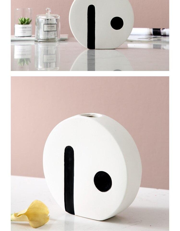 Creative ceramics vase Black and white Flower arrangement accessories desktop Decorative ornaments Round Home decoration Crafts