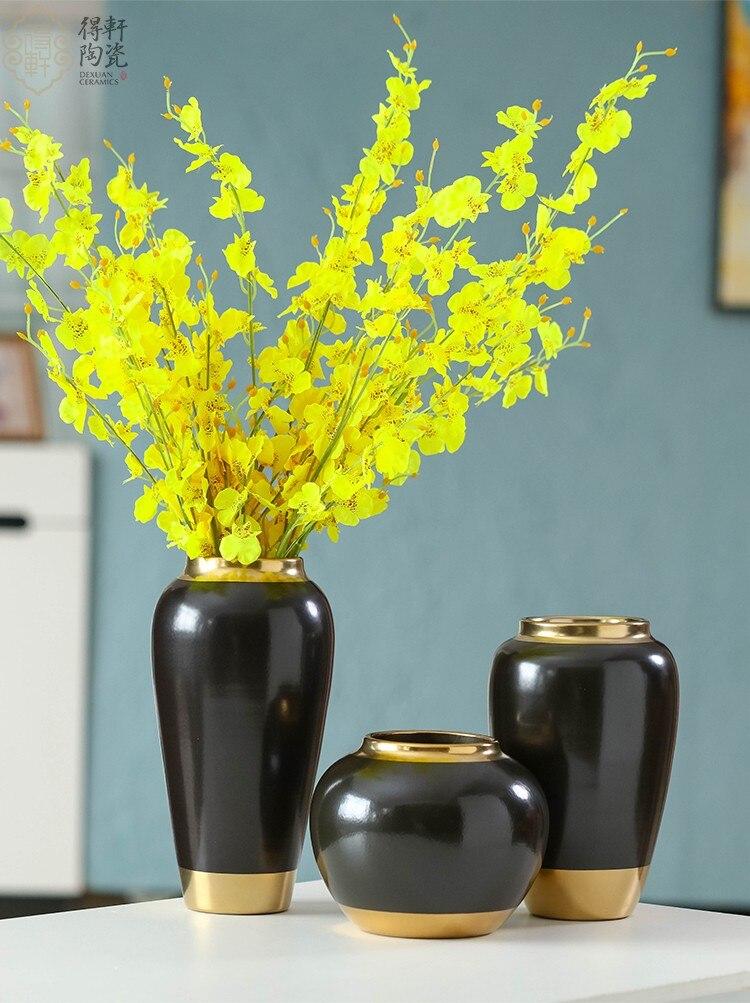 Modern Ceramics Vase Golden Crafts Decoration Modern Home Decoration Desktop Flower Arrangement Accessories Vases with Flowers