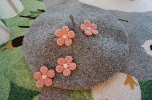 Winter Hats for Women Berets Knitting Pure Wool Beret Grey Beret Hat Applique Flower Hats Beret Caps Boinas Handmade