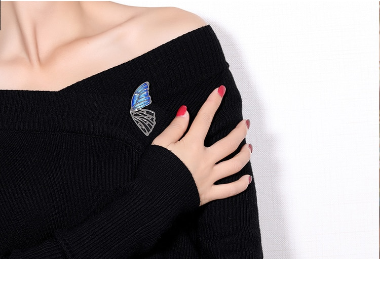HUANZHI Vintage Gold Silver Color Alloy Hollow Enamel Pin Butterfly Wing Insect Simple Brooch Collar for Women Fashion Jewelry