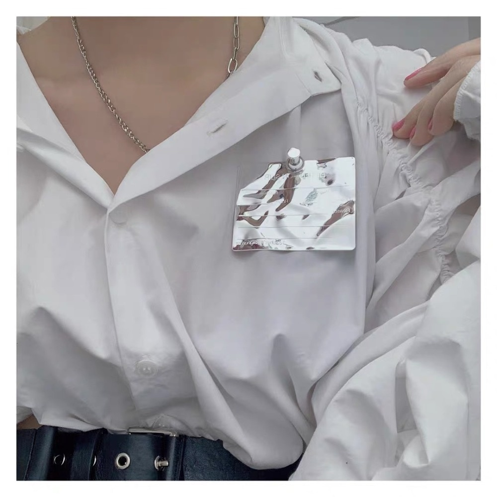 HUANZHI 2020 NEW Hip Hop Cool Geometry Irregular Metal Folds Letter Badge Decoration Brooch for Women Men Overcoat Accessories