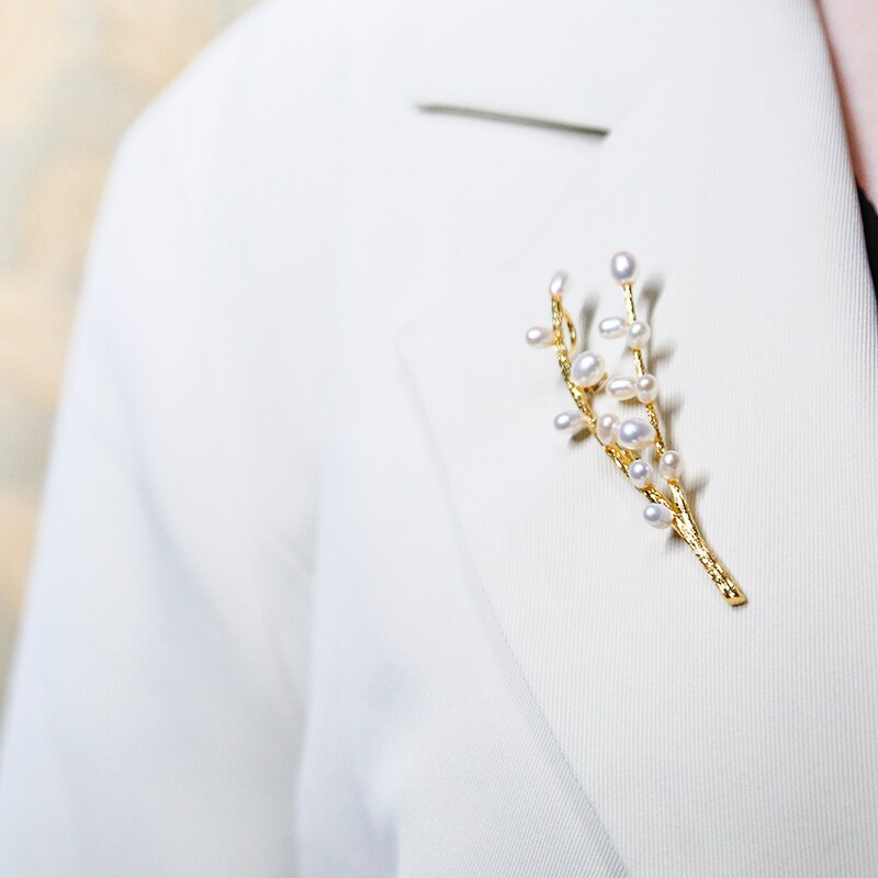 Vanssey Luxury Fashion Jewelry Ethnic Flower Branch Natural Pearl Brooch Pins Wedding Party Accessories for Women 2020 New
