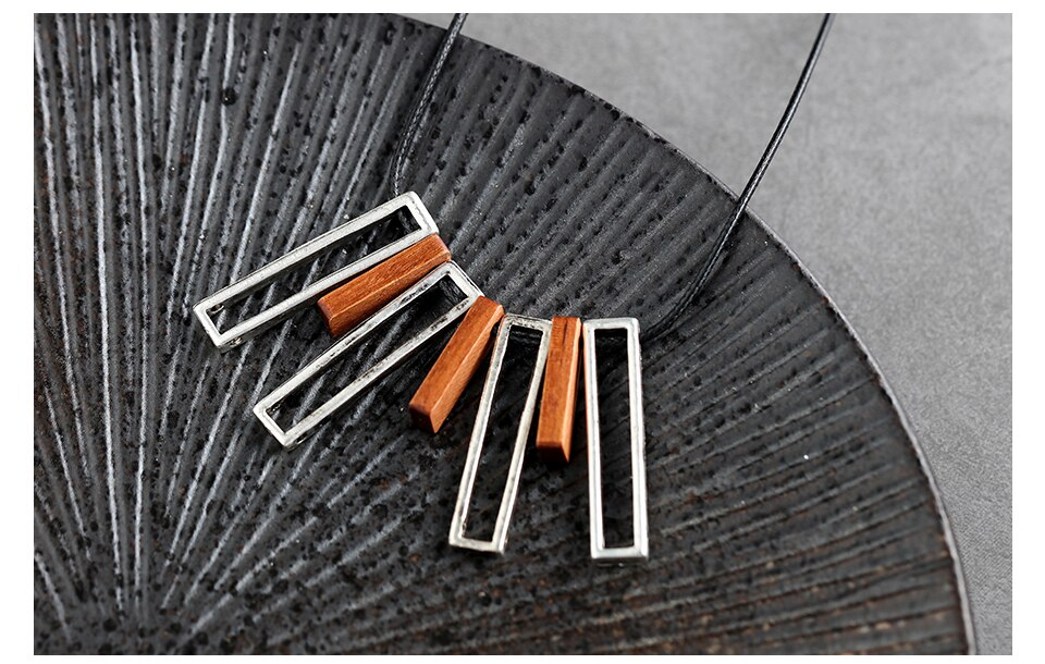 Vintage Wood Chokers Necklace for Women Long Fashion Jewelry Rope Chain Metal Necklaces Female Present Rope necklaces & pendants