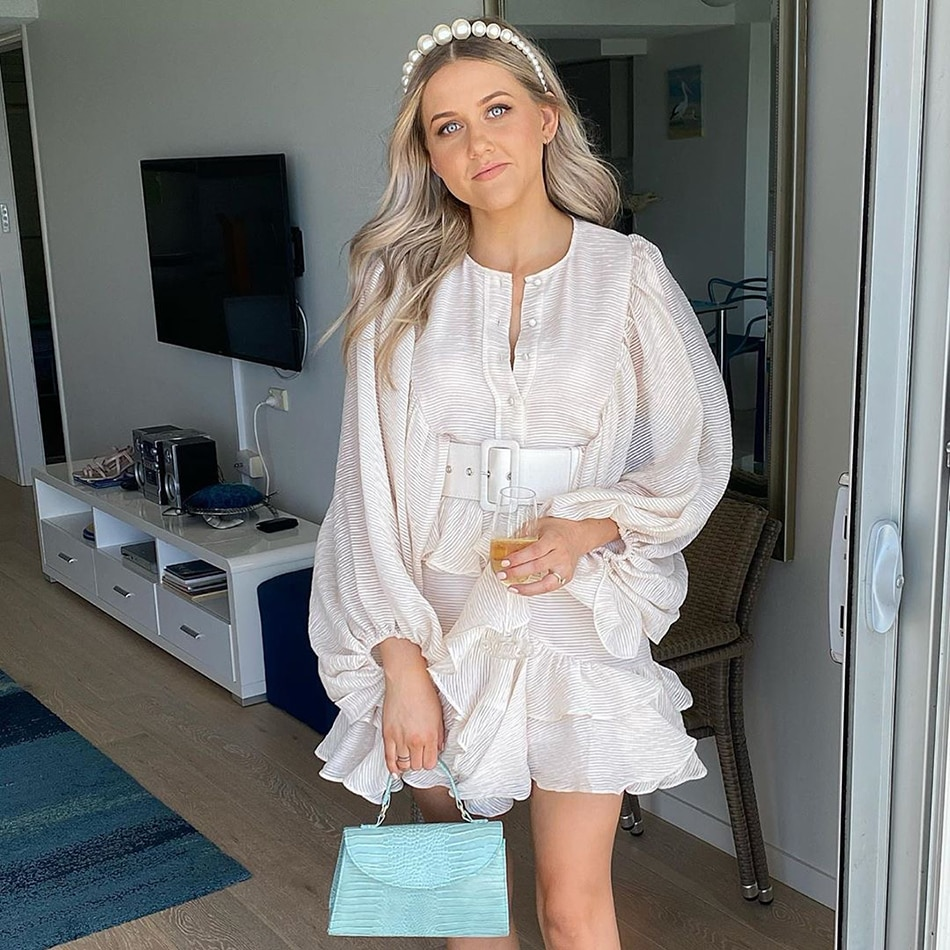 Fashion Puff Sleeve Ruffled Mini Dress Sexy Long Sleeve Belt Mini Outing Vacation Party Dress Female 2020 Summer New Clothing