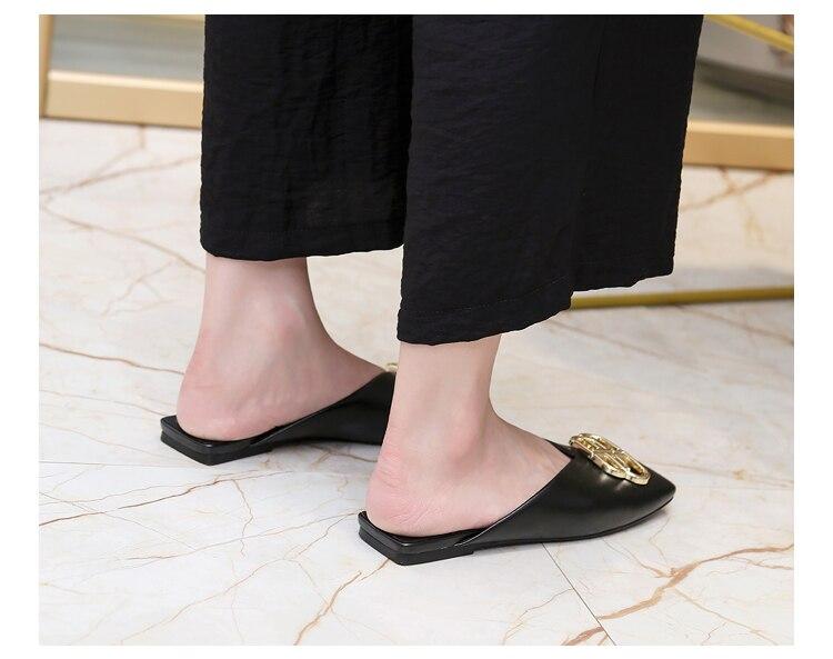 Mode Vrouwen Slippers Zwart Casual Flat Met Vrouwen Schoenen Vierkante Kop Outer Wear Zomer Sandalen Slides Vrouwelijke Obuv