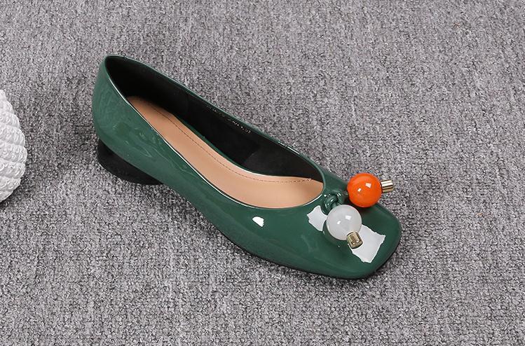 2020 Herfst Vrouwen Schoenen Groen Lakleer Platte Schoenen Grote Maat Zwart Casual Schoenen Vrouwen Vierkante Kop Beige Dames Schoenen flats