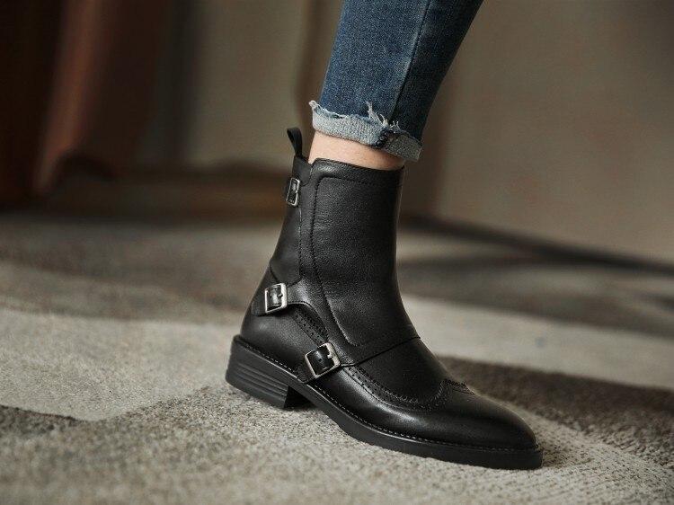 2020 Winter Nieuwe Full Lederen Lage Hakken Vrouwen Laarzen Retro Mode Alle-Match Essentiële Vrouwen Korte laarzen Wees Enkellaarsjes