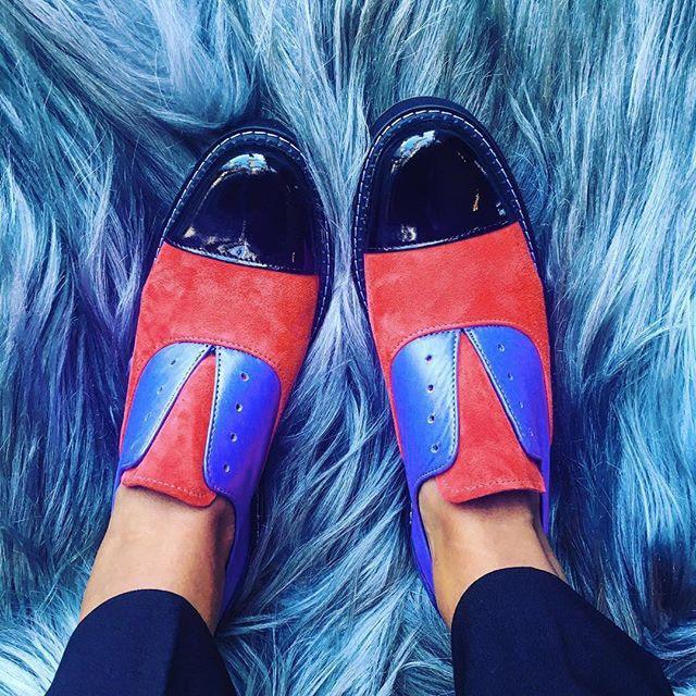 2020 Oxford Schoenen Vrouw Carving Puntschoen Slip Klimplanten Bling Lederen Schoenen Vrouwen Kleur Match Flats Office Party Schoenen