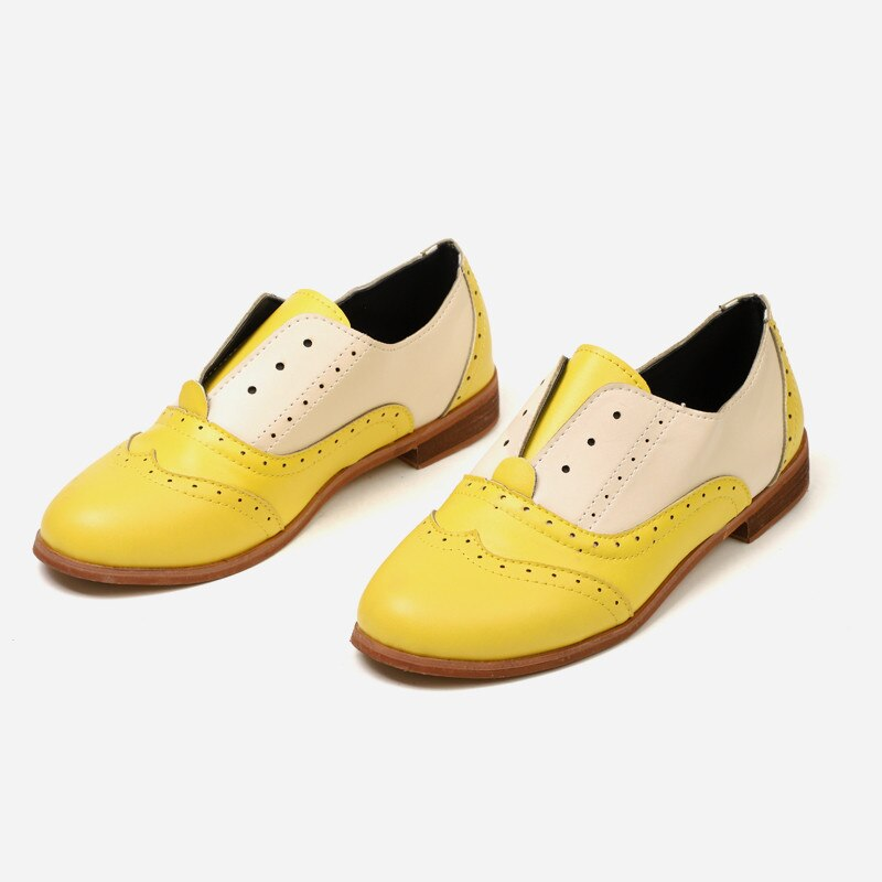 Nieuwe 2019 Spring Hot Koop Vrouwen Oxfords Schoenen PU Leer Brogue Schoenen Dame Mocassins Vintage Slip-On Ronde Neus flats Schoenen