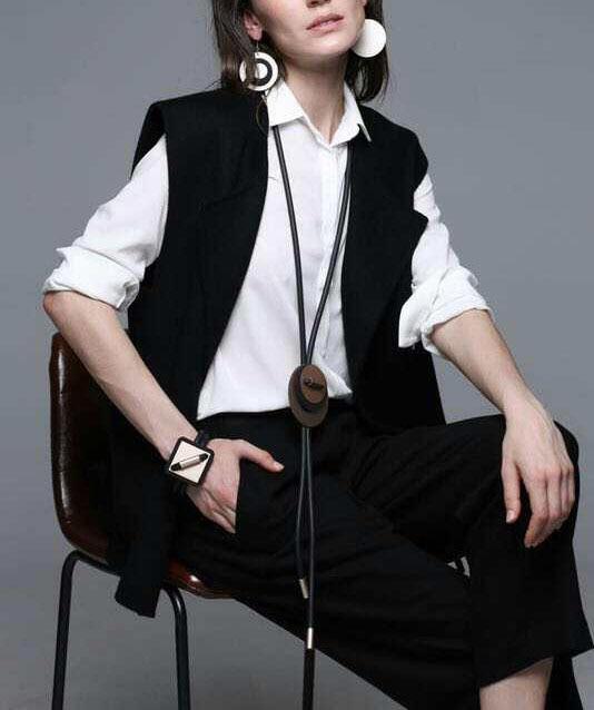 Vrouwen Mode-sieraden Boho Black Rubber Lichtgewicht Lange Punk Metalen Ketting Golden Plated voor Office Lady