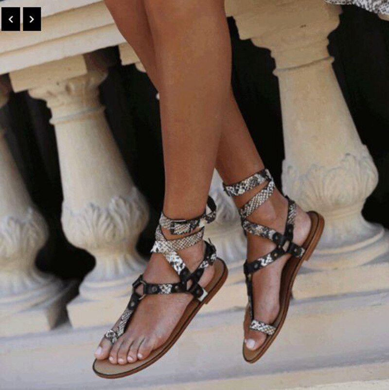 Plus Size Sandalen Vrouwen 2020 Fashion New Gesp Platte Sandalen Vrouwen Schoenen Casual Strand Dames Zomer Schoenen Schoeisel HM-E63
