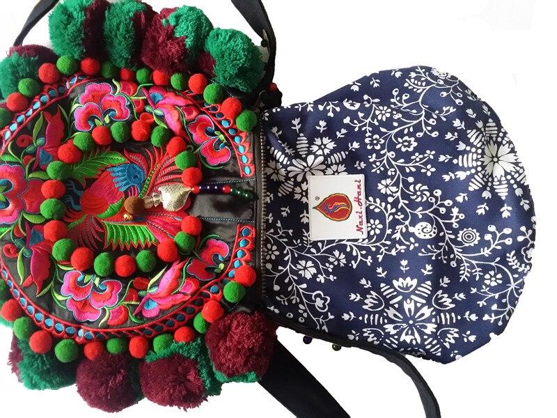 Naxi. Hani Merk Originele winter mode Circulaire pompon zakken Vintage borduurwerk Etnische vrouwen schoudertassen